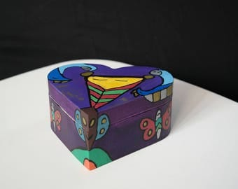 Heart shaped wooden chest with a magnetic clasp