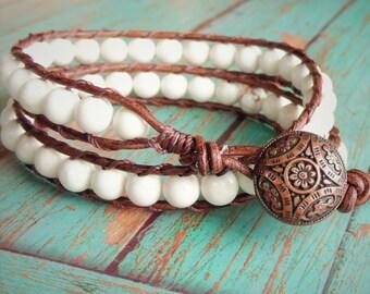 White Leather Wrap Bracelet, Natural Bracelet, Howlite Bracelet Green Bracelet, Beaded Bracelet, Boho Bracelet, Leather Wrap Bracelet