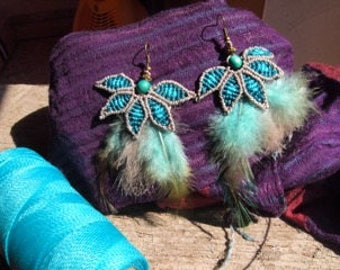Macrame earrings with feathers
