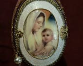 Mary and Baby Jesus in Mauve Egg with Angel Inside