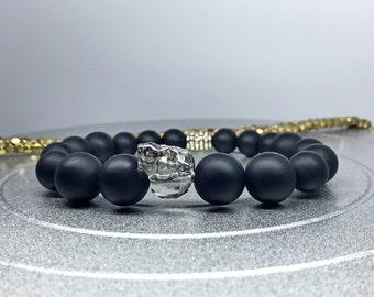 Men Skull Bracelet. Swarovski Crystal Skull Silver Patina / Matte Black Onyx Yoga Mala Beaded Bracelet. Healing Natural Gemstone Bracelet.