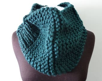 Cowl neck scarf with rib in teal
