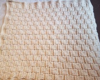 Basket weave crochet blanket