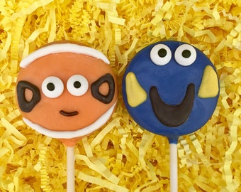 Finding Nemo Dory Oreo cookie pops / kids birthday party favor / one dozen (12)
