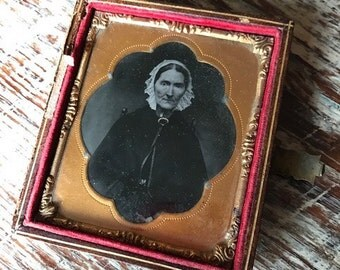 Early Daguerreotype of an Old Woman in Bonnet, 19th Century Antique Photo/Half Case