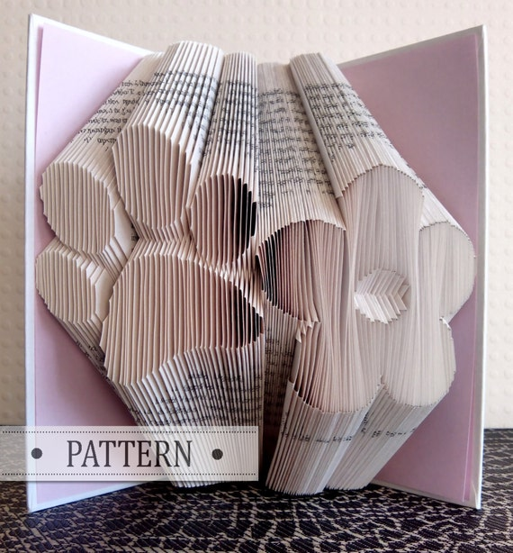 book folding pattern with free tutorial