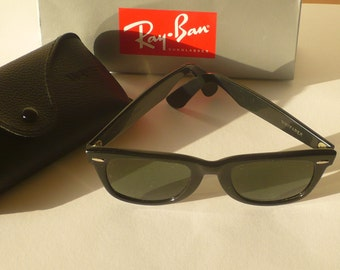 Vintage Ray Ban B & L sunglasses Wayfarer 5022 USA