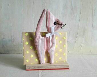Letter rack 'Cat'