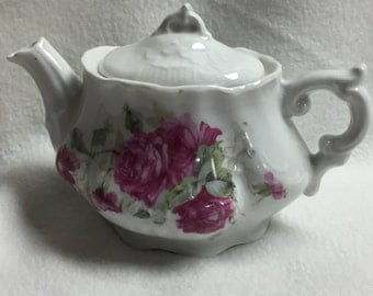 Hand-painted Rose Teapot (#002)