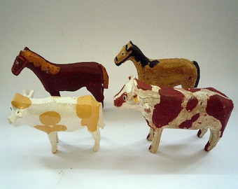Ref019 ERZGEBIRGE LARGE ANIMALS Naive Folk Art 4 Hand Carved Animals 2 Horses 2 Cows hand painted early 20th Century Germany 1920/30s