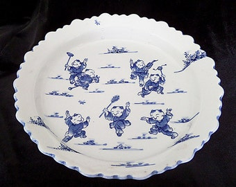 Japanese 'Children at Play' Porcelain Blue and White Footed Bowl