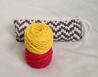 Zigzag Clutchbag - Raspberry and Yellow