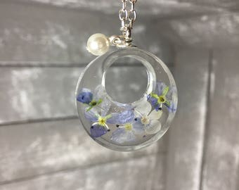Very fine filigree necklace necklace with real flowers flower blossom in cast resin cast. Nature lovers, nickel and lead free