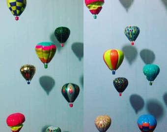 Mobile balloon.