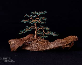 Green Faceted Crystal Bead Wire Tree Sculpture On Driftwood Base