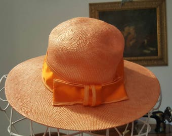 Delicious wide-brimmed Sun Hat 60 's vintage Orange