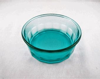 Arcoroc Tempered Teal/ Aqua Paneled Glass Serving Bowl Made in France 5.5""
