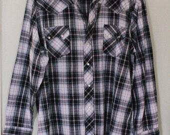 Men's Vintage Wrangler Shirt Size XL