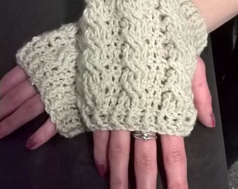 fingerless gloves/wrist warmers