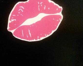 Kiss lips magnet