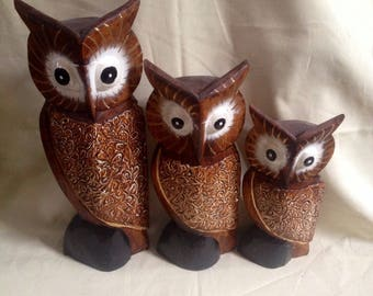 Set of three Bali Wooden Carved and hand painted Owls - Orniment Owl twit twoo