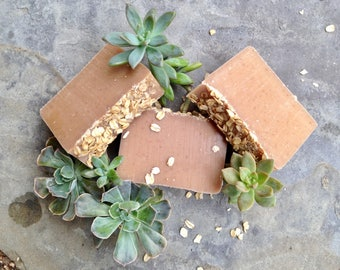 Oatmeal Honey & Goatmilk Soap