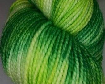 Hand dyed Yarn; Superwash Wool; 100 grams / 357 yards; Finger Weight Yarn; Sock Yarn ~ Mojito