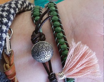 Green and pink 2 times wrap bracelet with tassel