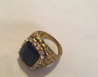 Vintage rhinestone ring huge