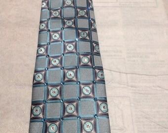 Saddleseat Tie