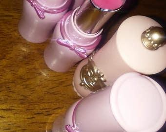 lip balm in lipstick tubes