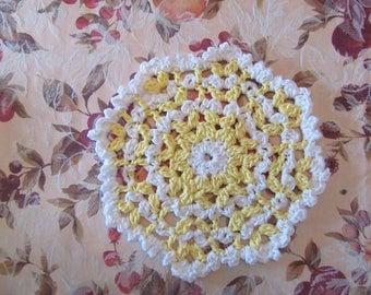Yellow and White circular dishcloth