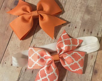 "Two Interchangeable 4"" bows with Headband Set"