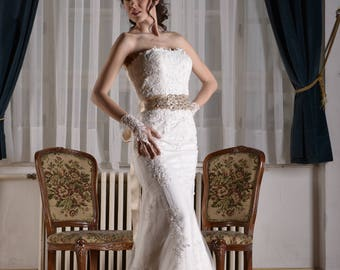 Mermaid embriodered lace with swarovski crystals sweetheart wedding dress