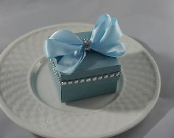 Classic Favor Boxes Set of 20
