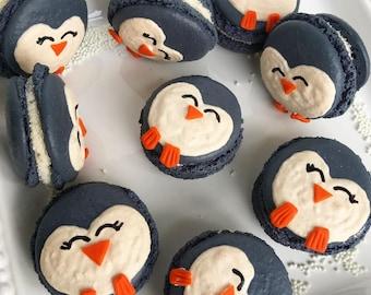 12 Penguin Macarons
