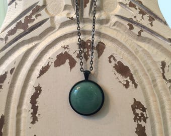 Epoxy Resin Circle Necklace, Natural Green Resin Pendant