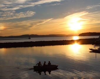 Lake Champlain Sunset Canoe (18x24)
