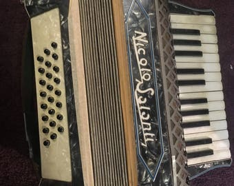 Vintage Nicolo Salanti 24 bass Piano Accordion