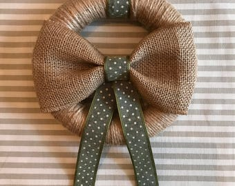 Jute Wreath with Hessian Bow detail (17cm)
