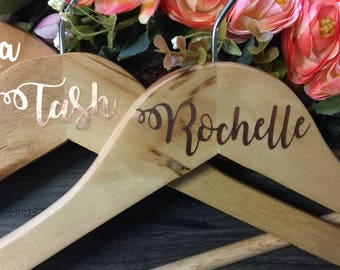 Personalised Bridesmaid Coat Hangers, Bridal Party Coat Hanger, Wedding Party Coat Hanger, Bridesmaid Gift, Wedding Coat Hanger