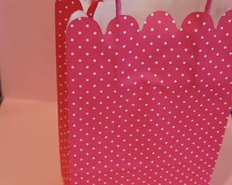 5 Pink and White Polka Dot Gift Bags With Handles
