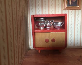 Vintage dolls house furniture