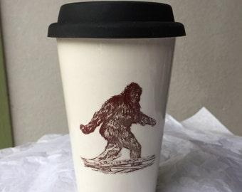 White Ceramic Big Foot 16 oz. travel mug (w/your choice of black or white rubber topper)