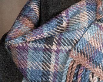 Plaid merino wool scarf / handwoven winter scarf