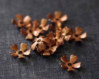 Vintage 12mm Five Petal Brass Bead Caps - 12pcs - Raw Copper - Rare Vintage Copper - Floral Bead Cap - Flower Bead Cap - Copper Flower