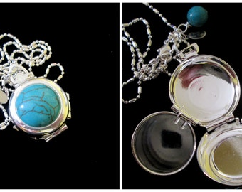 Vintage 4 Picture Silver Locket - Turquoise