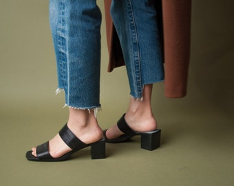 black double strap slides / stacked heel sandals / simple mules / 7.5 M / 781s / B1