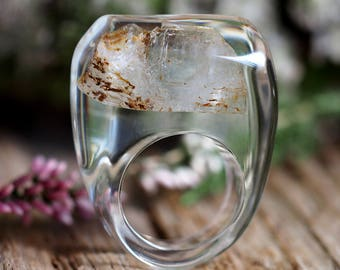 Clear Resin Ring with Quartz, Resin Ring, Resin Jewelry, Botanical Jewelry