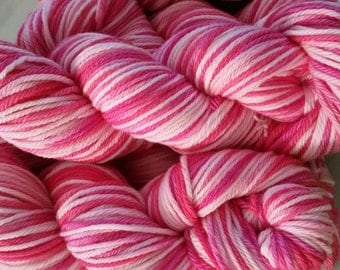 Deluxe Worsted Superwash - V-Day